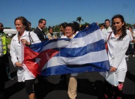 medicos_cubanos_venezuela-440x323